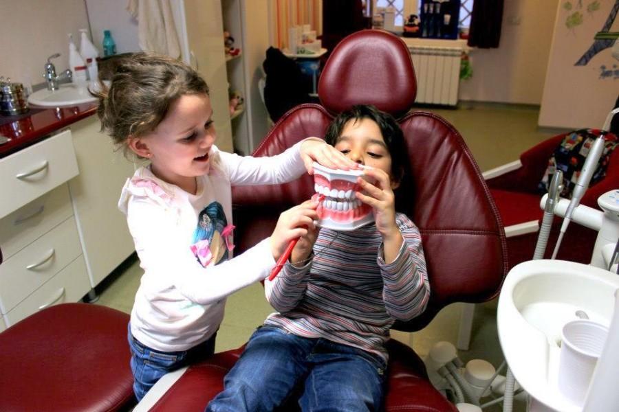 copii la dentist 18