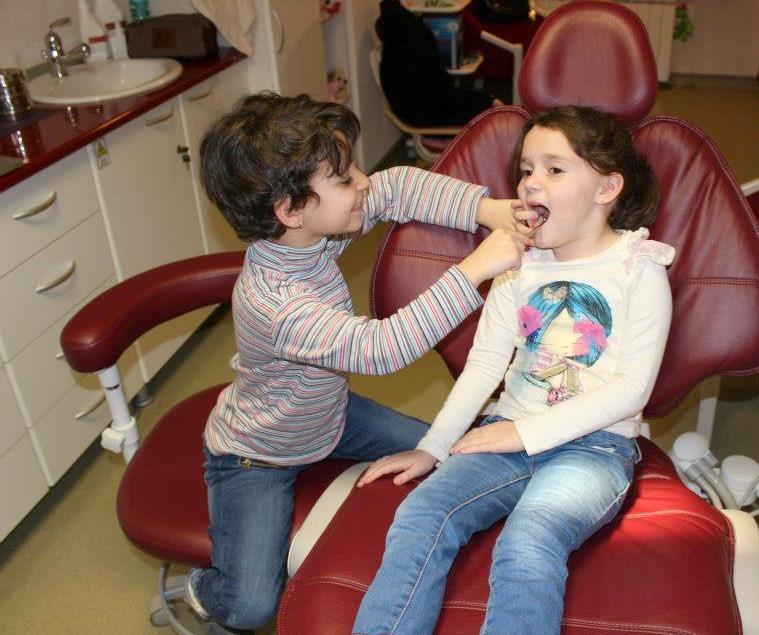copii la dentist 20